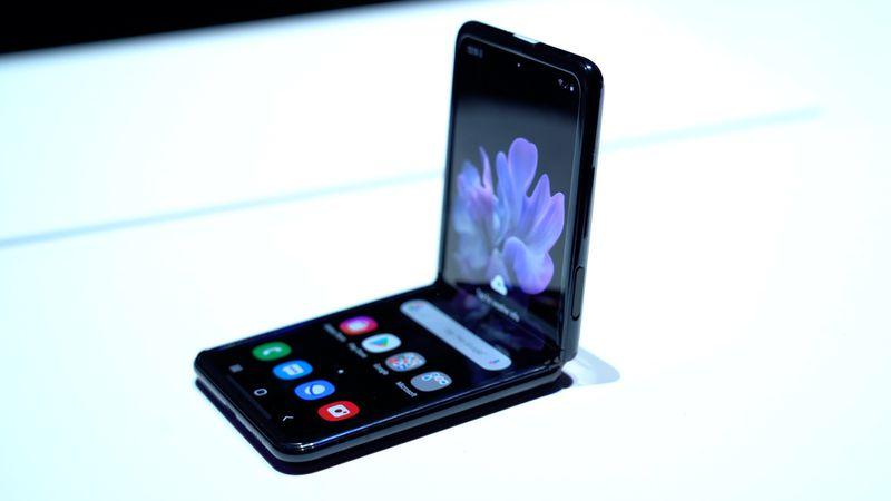 Order the Samsung Galaxy Z Flip Starting February 21 — Samsung