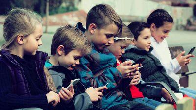 kidsoniphonedigitalwellnesspetition