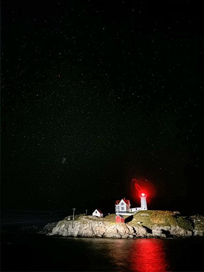 lighthouseshotoniphone