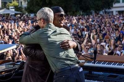 tim cook stevie wonder