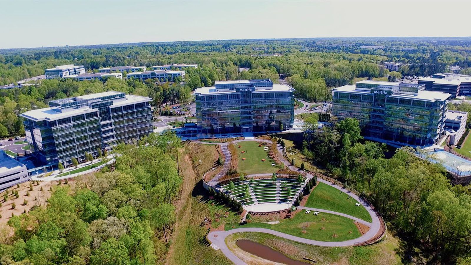 photo of Apple Preparing to Occupy 200,000 Square Feet of Temporary Space Ahead of New $1 Billion North Carolina Campus image