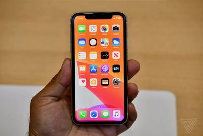 iphone 11 hands on 2