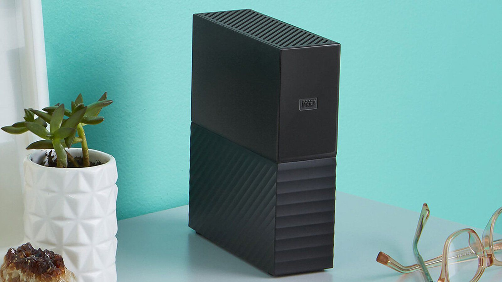 Western Digital Asks 'My Book Live' Device Owners to Unplug After Reports of Remotely Wiped Drives