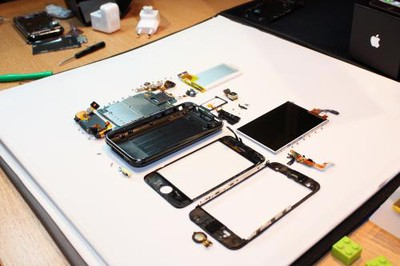 035328 iphone 3g s fully disassembled1 500