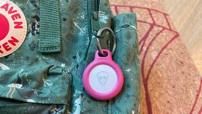 airtag holder zipper