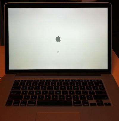 retina macbook pro booting