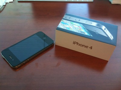151206 iphone 4 and box