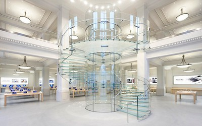 apple store amsterdam staircase