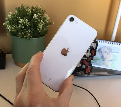 iphone se 2020 mr reader aneres11 e1587725072704