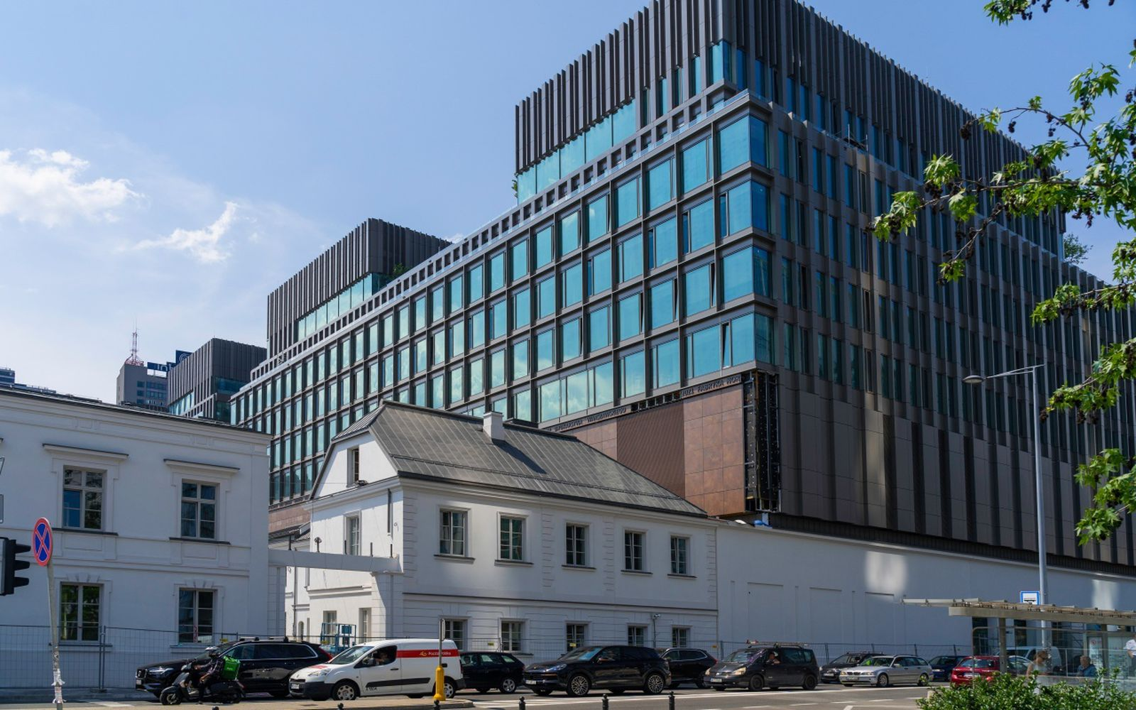 Apple Museum With 1,500 Exhibits to Open in Poland