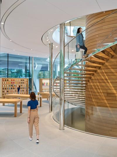 apple nso bangkok spiral staircase 07282020