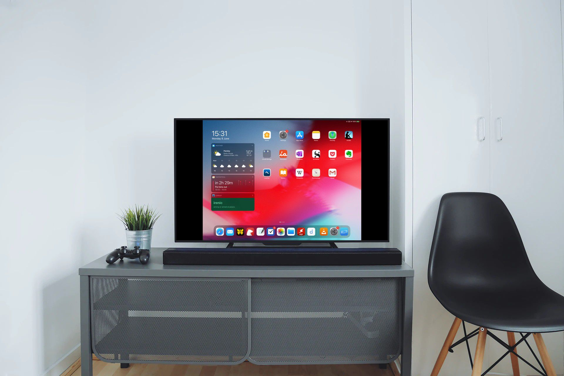 How to Mirror Your iPhone or iPad Screen on Apple TV or a Smart TV -  MacRumors