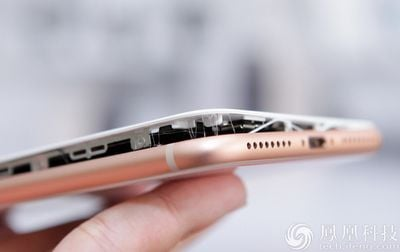 iphone 8 plus battery bursted open