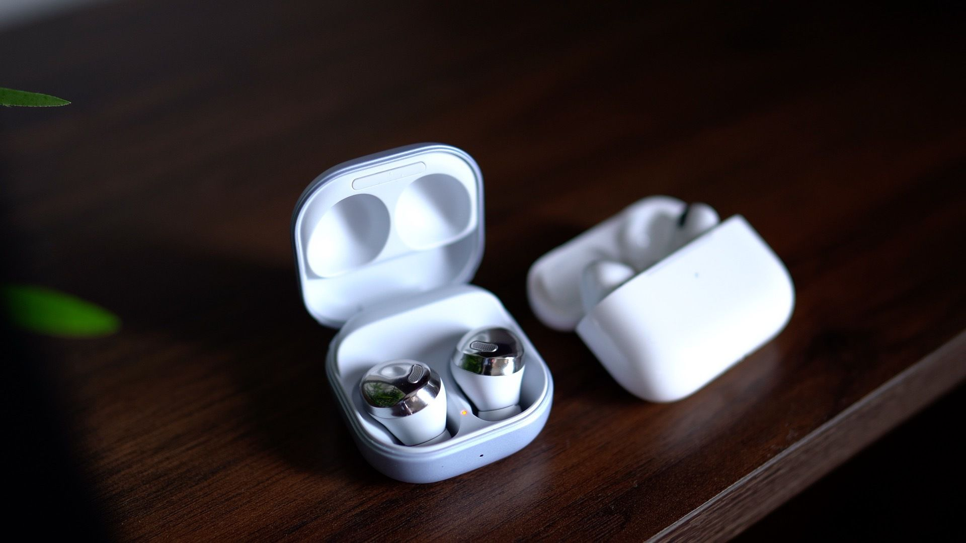 photo of Samsung Galaxy Buds Pro vs. Apple AirPods Pro image