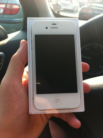 130625 white iphone 4 be sold 3