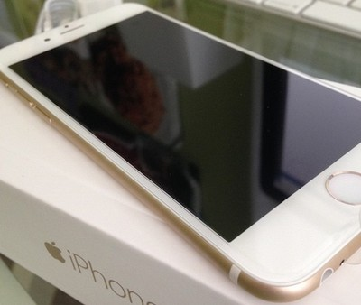 iphone_6_gold_front