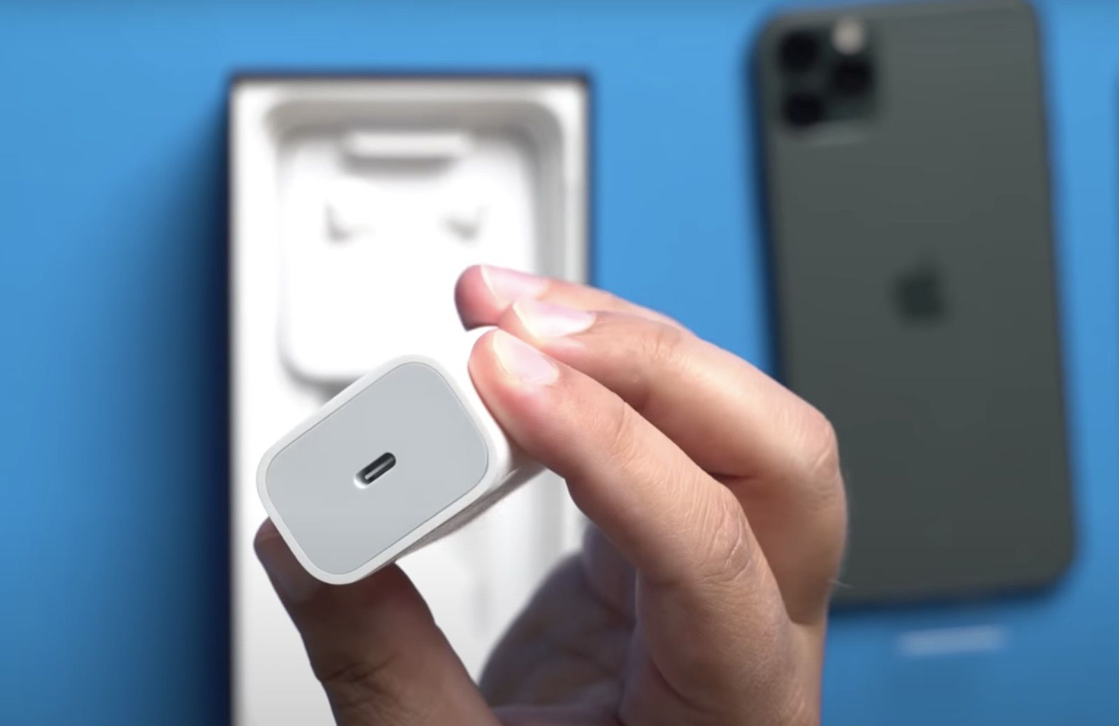 photo of Apple Could Be Forced to Include a Charger with Every iPhone Sold in Brazil image